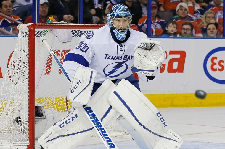 ben-bishop-tampa-bay-lighning-road