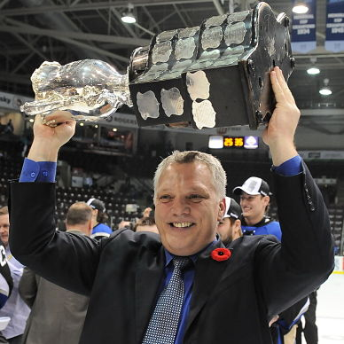 Mike-Kelly-was-all-smiles-after-helping-Saint-John-win-it-all-in-2011-OHL-Images